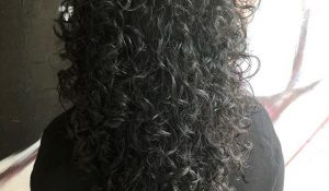 FOR CURLY HAIR YOU ALSO GO TO DEVILS & ANGELS! BY MARK#curlyhair #krullen
